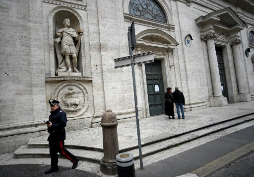 Catholic churches across Rome shut due to virus