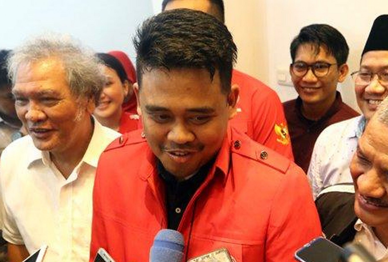 PDI-P fires members who refuse to back Jokowi's son-in-law for Medan mayor