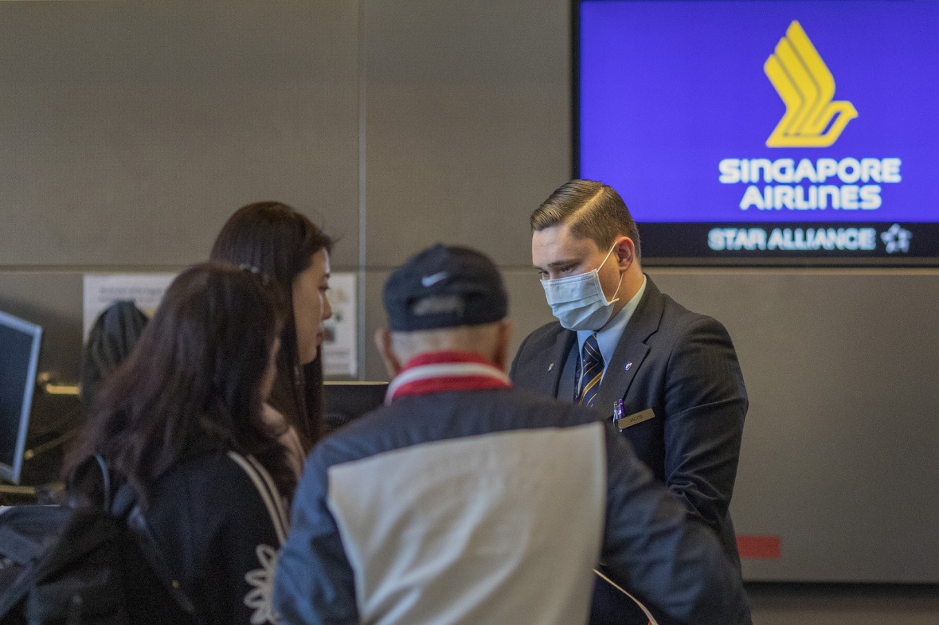 Singapore Airlines grounds most of its fleet as coronavirus poses 'greatest challenge'