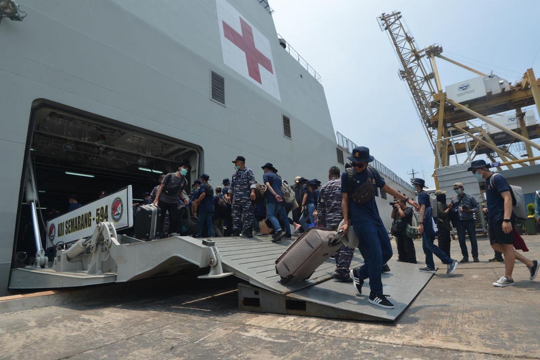 Govt repatriates 15 detained Indonesian crewmen from Iran: Embassy