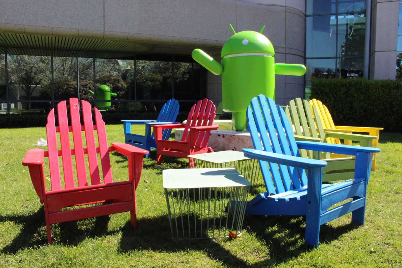 Google, Facebook extend work-from-home plans