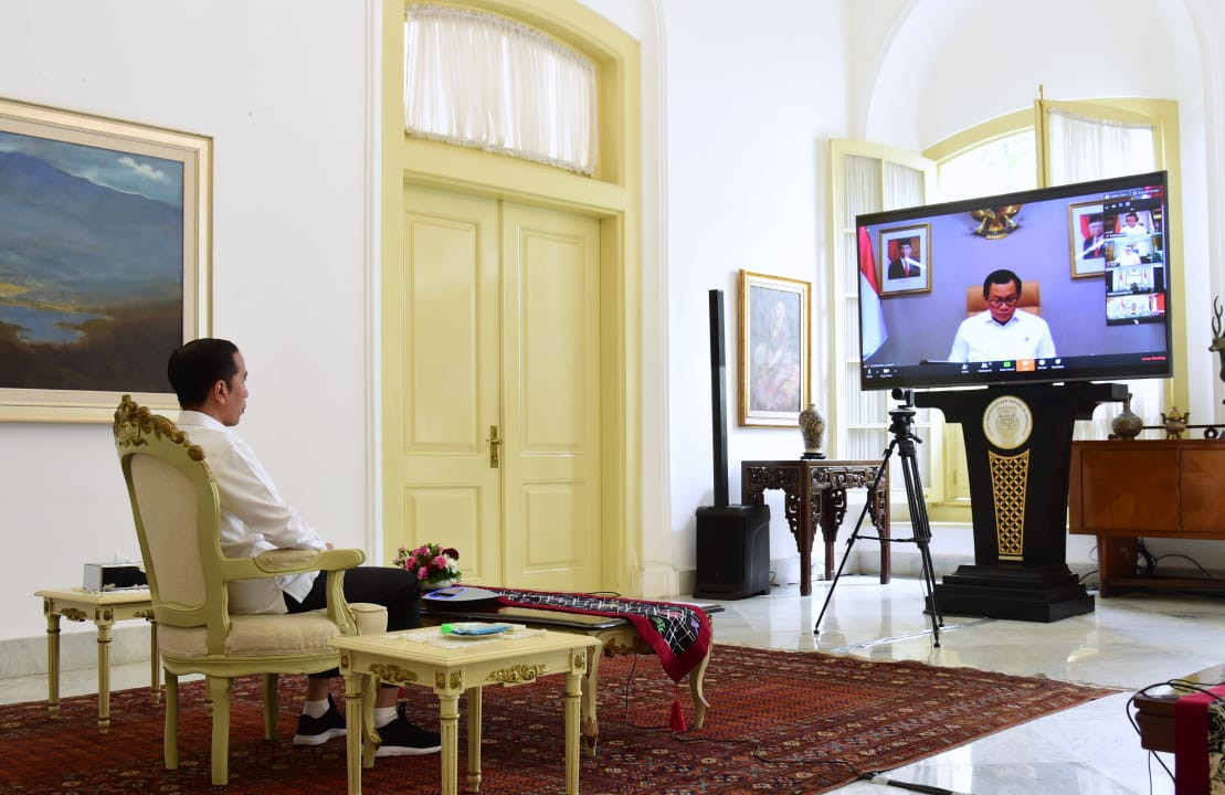 In teleconferenced meeting, Jokowi orders govt to divert $2.66 billion to COVID-19 relief