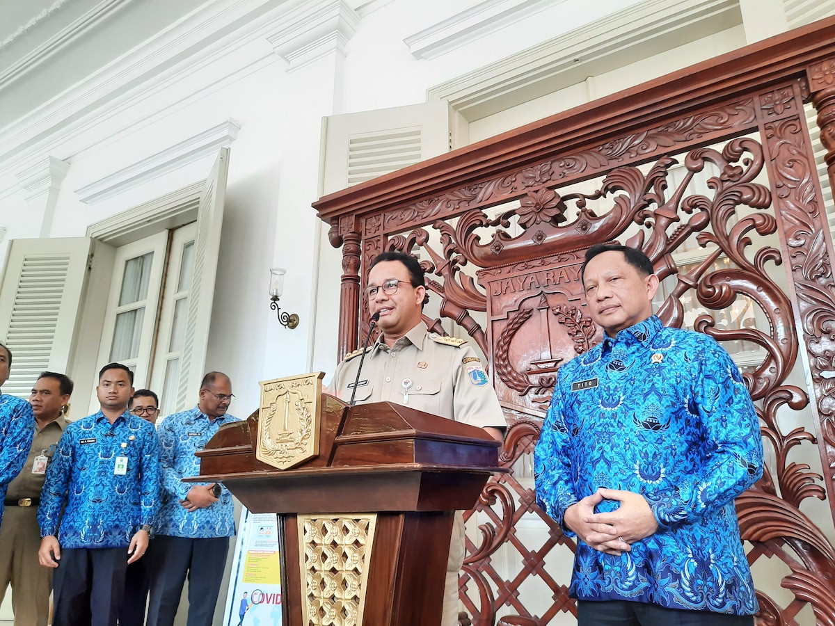 COVID-19: Anies urges Jakartans to avoid traveling outside the city for three weeks