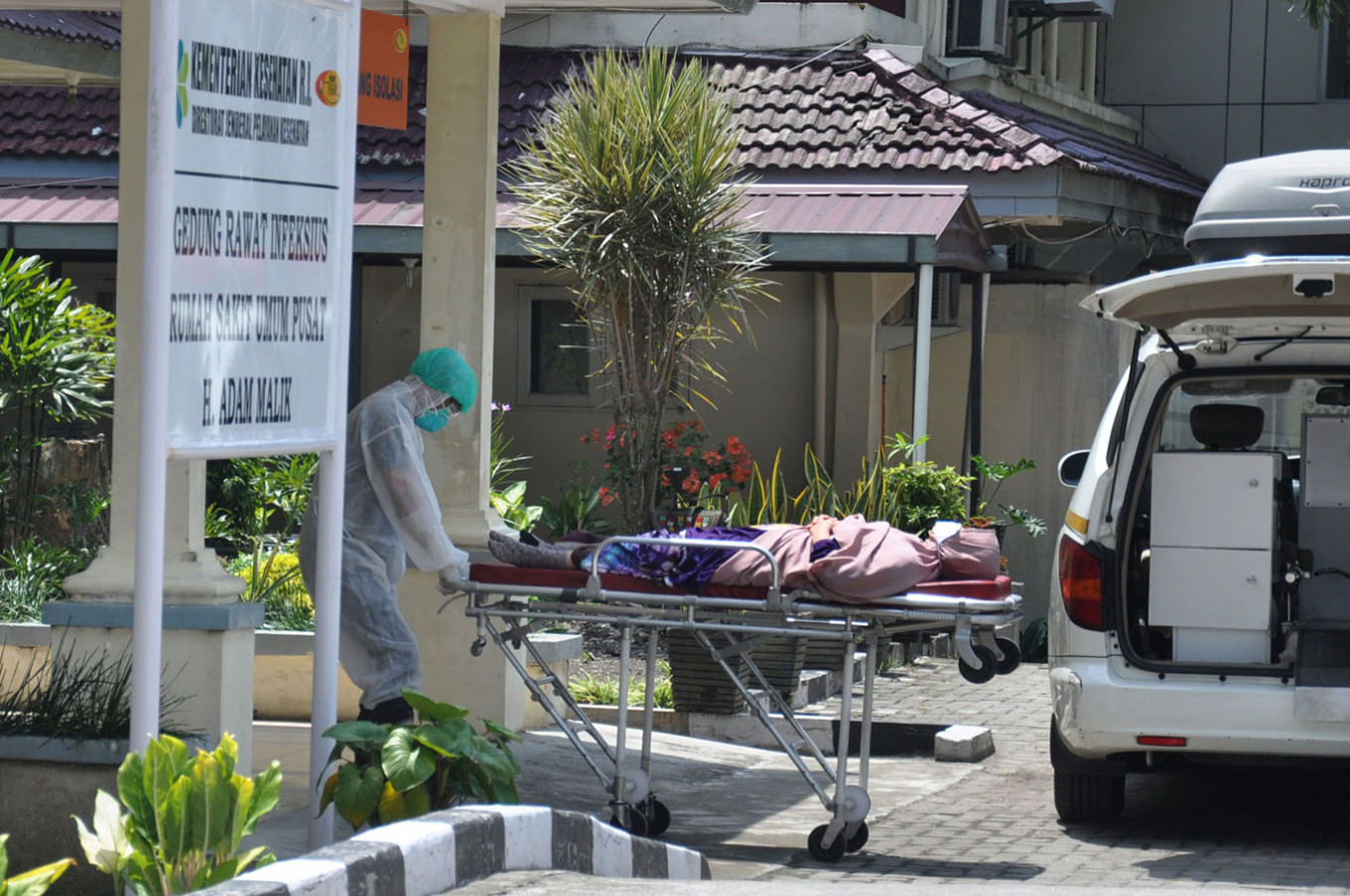 Medan woman tests positive for COVID-19 after trip to Jerusalem