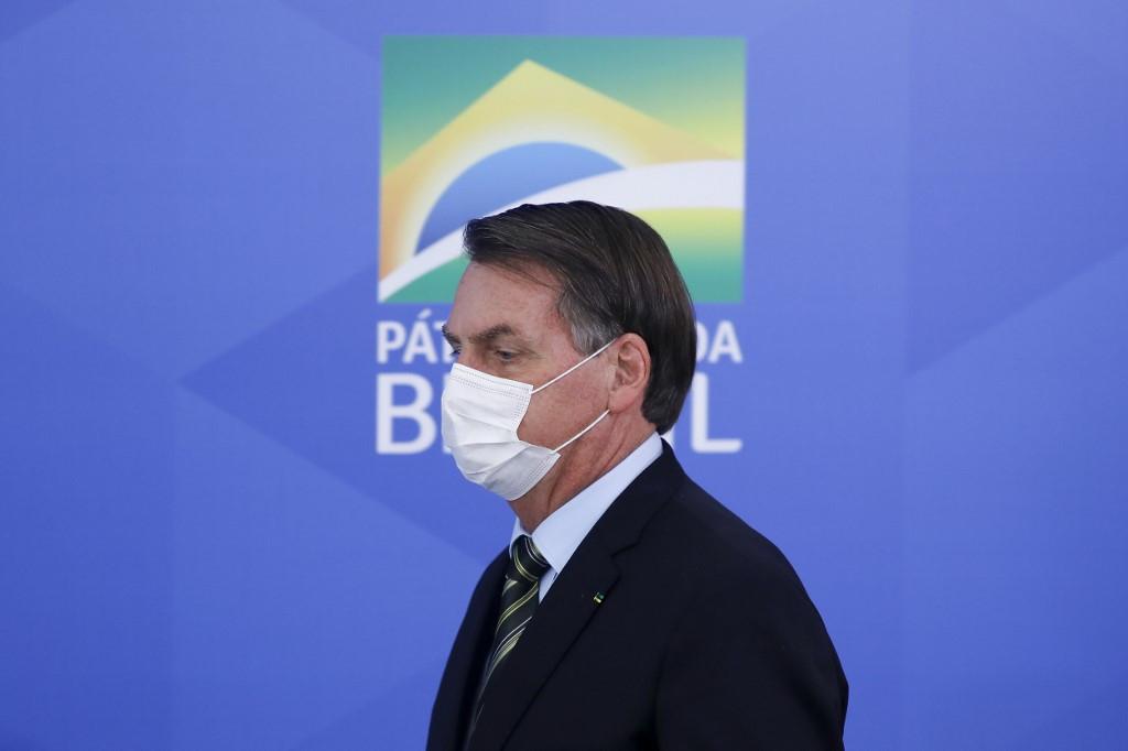 Bolsonaro triggers backlash for downplaying coronavirus