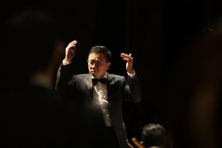 Conductor Avip Priatna.