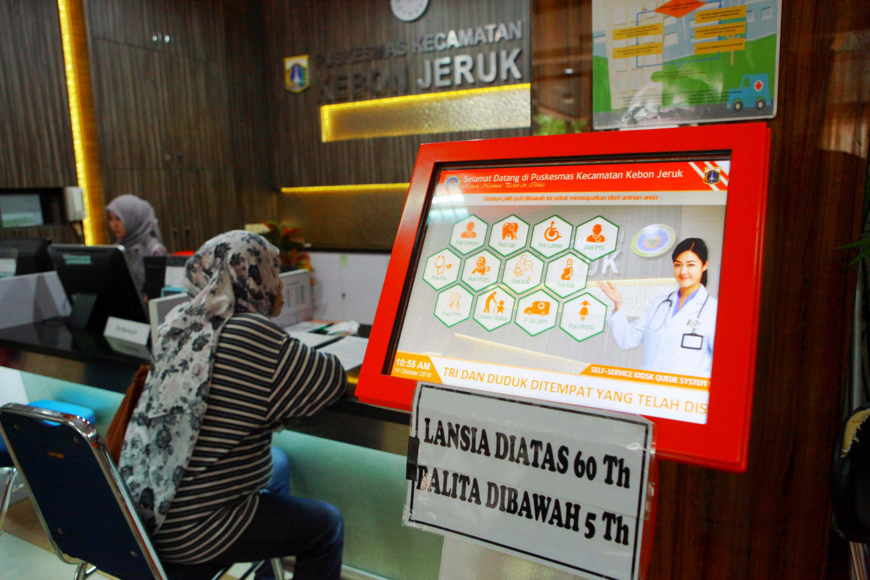 Hey you, 'Pak' Jokowi cannot win COVID-19 war alone