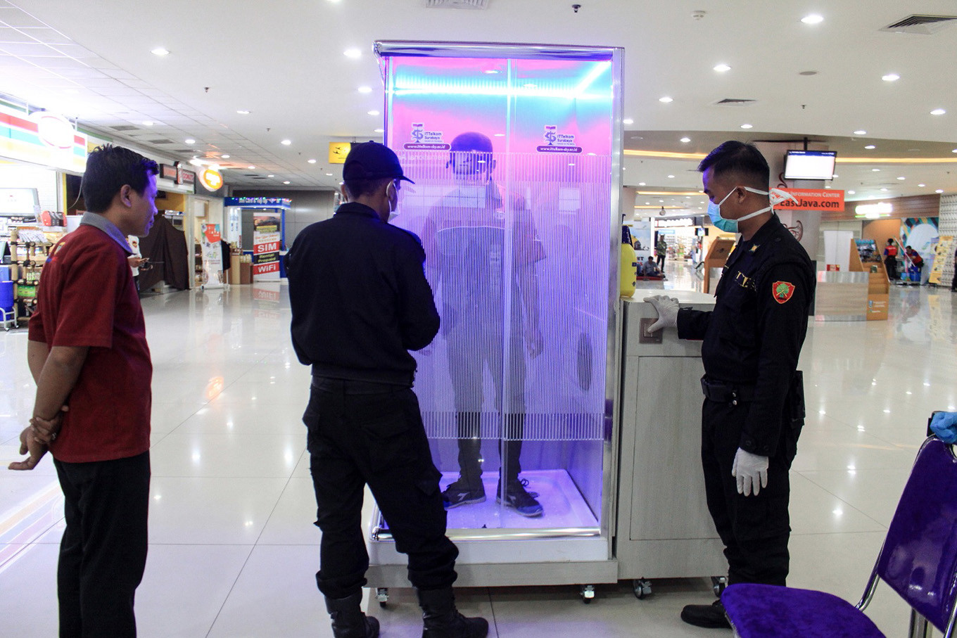 Indonesia to bar foreigners from entering in bid to curb imported cases