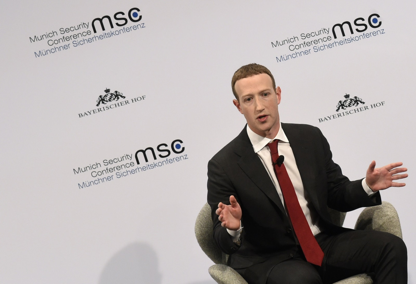 Facebook donates emergency wildfire mask stash, Musk also aiding