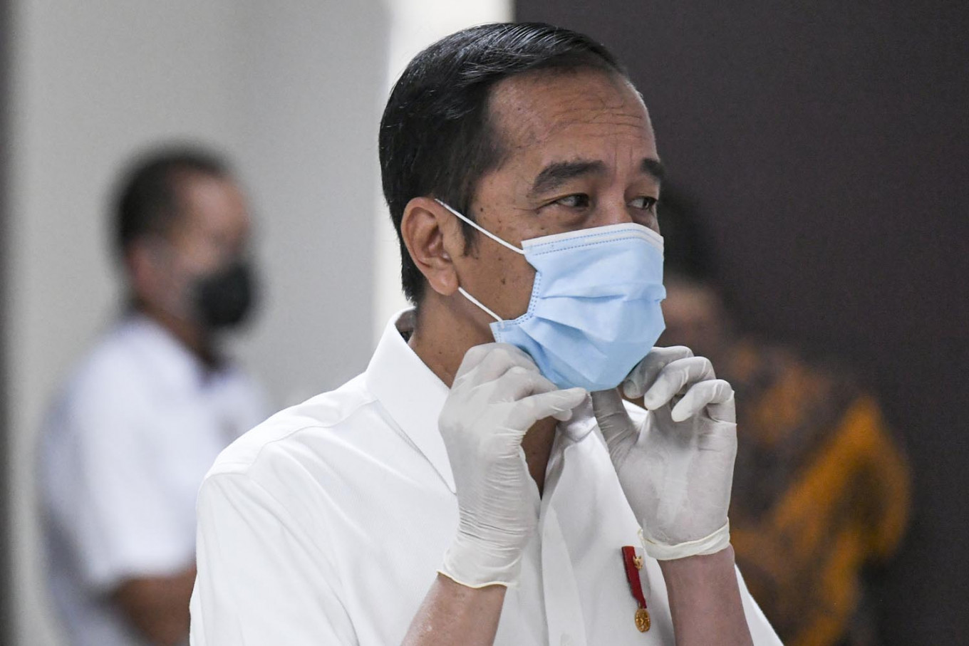 COVID-19: Jokowi calls on task force to accelerate swab tests, rapid tests