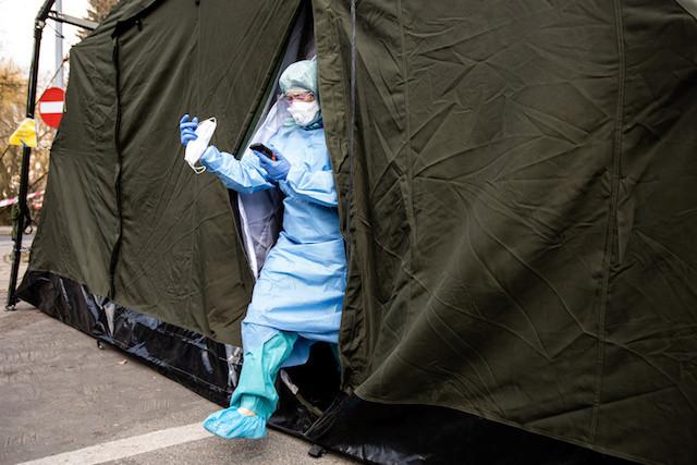 Poland to let more prisoners serve sentences at home amid coronavirus