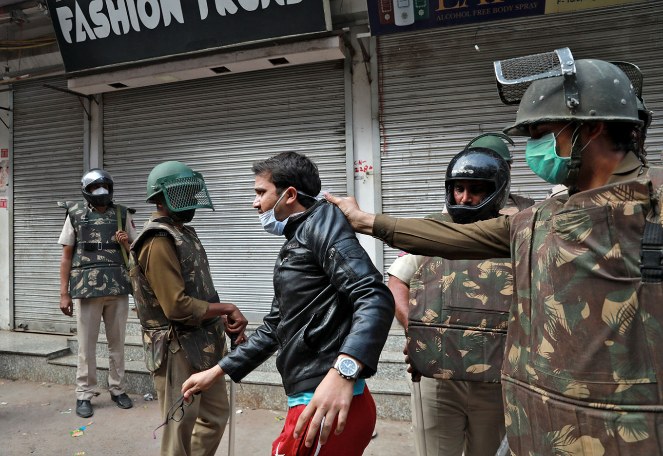 India to impose nationwide lockdown from midnight, Modi says