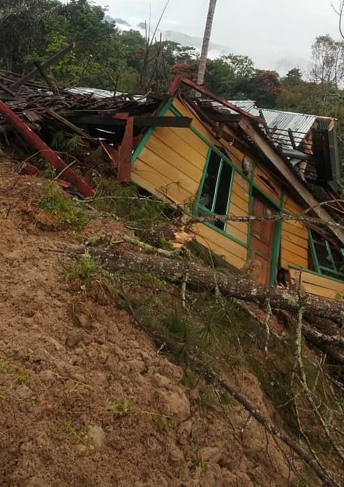 One killed, two houses destroyed in Tana Toraja landslide