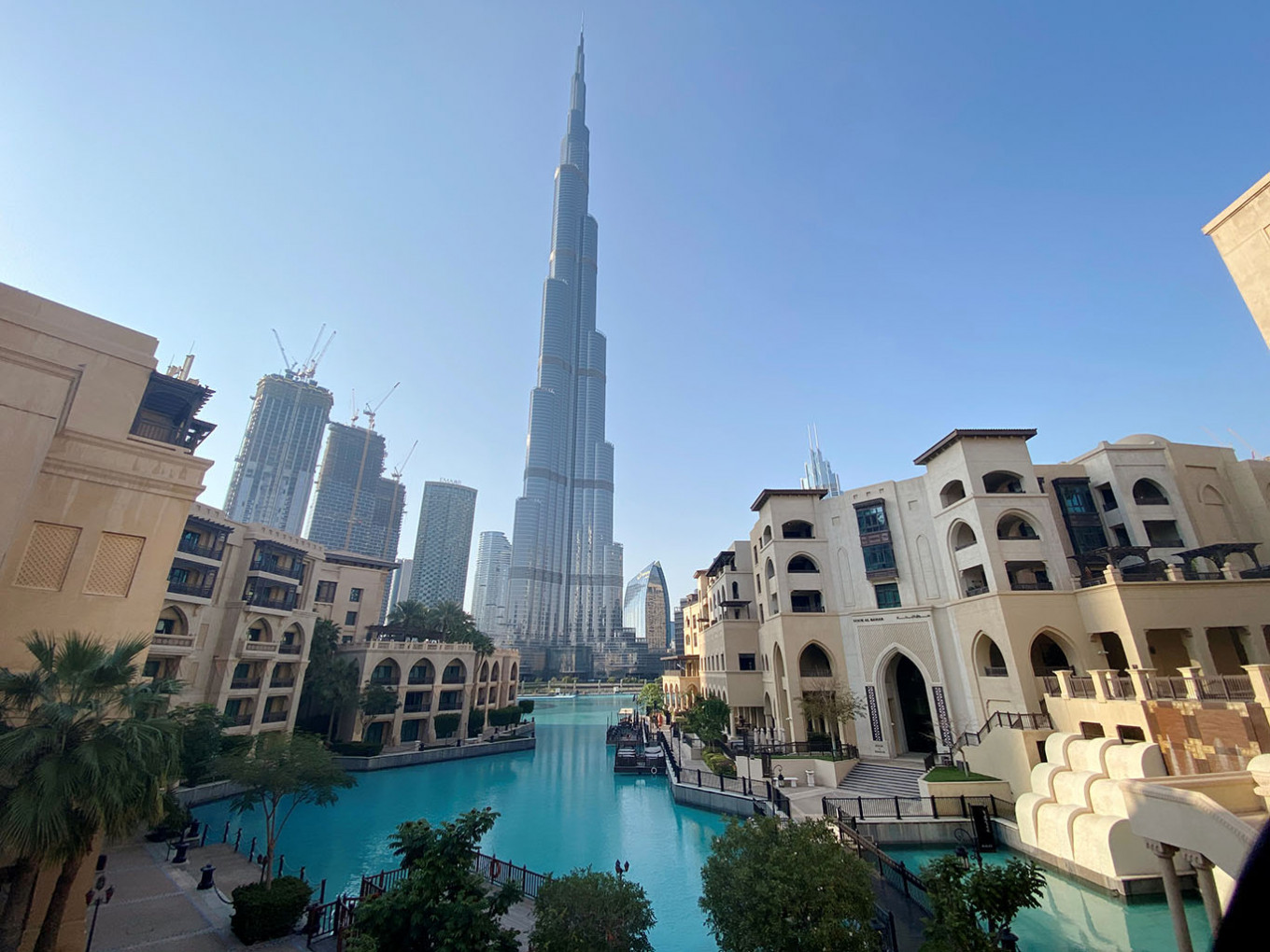 Dubai aims to open up for tourists at the beginning of July