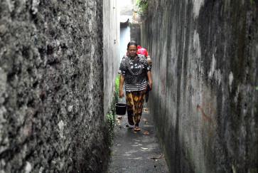 'Jamu gendong' in spotlight amid virus outbreak