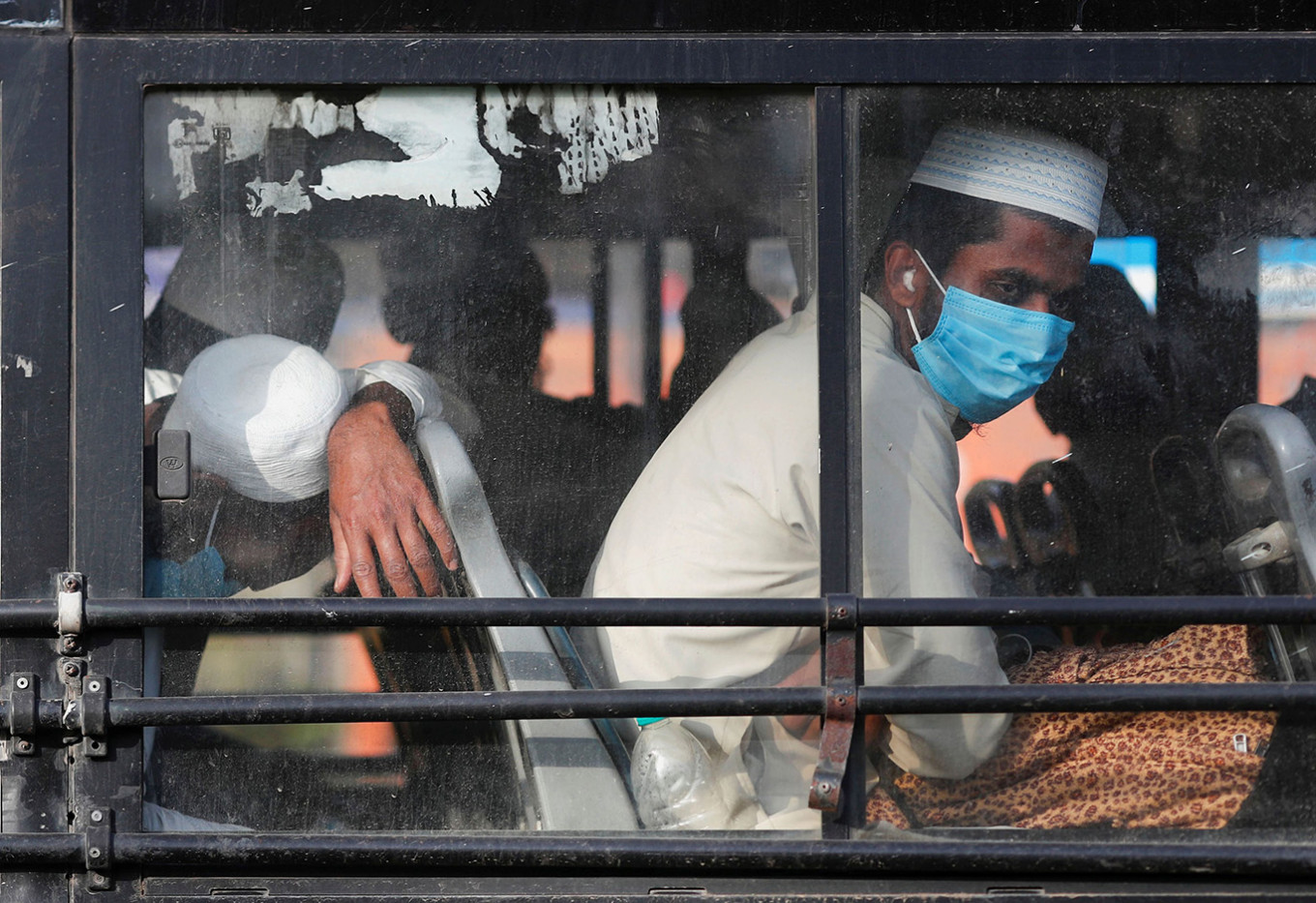 World Bank approves $1 billion emergency fund for India to fight coronavirus