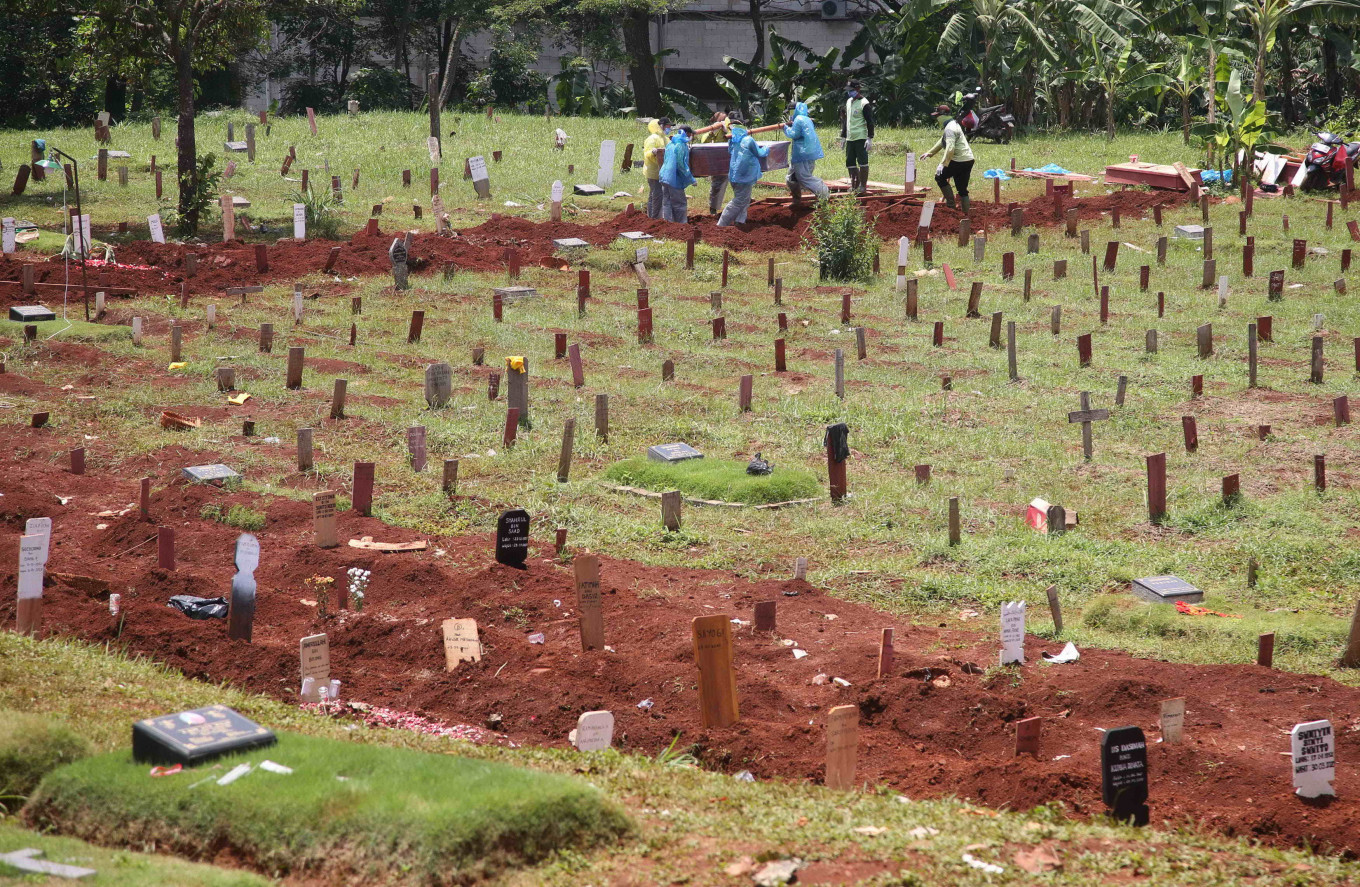 Death toll from suspected cases keeps rising, reaching at least 3,833