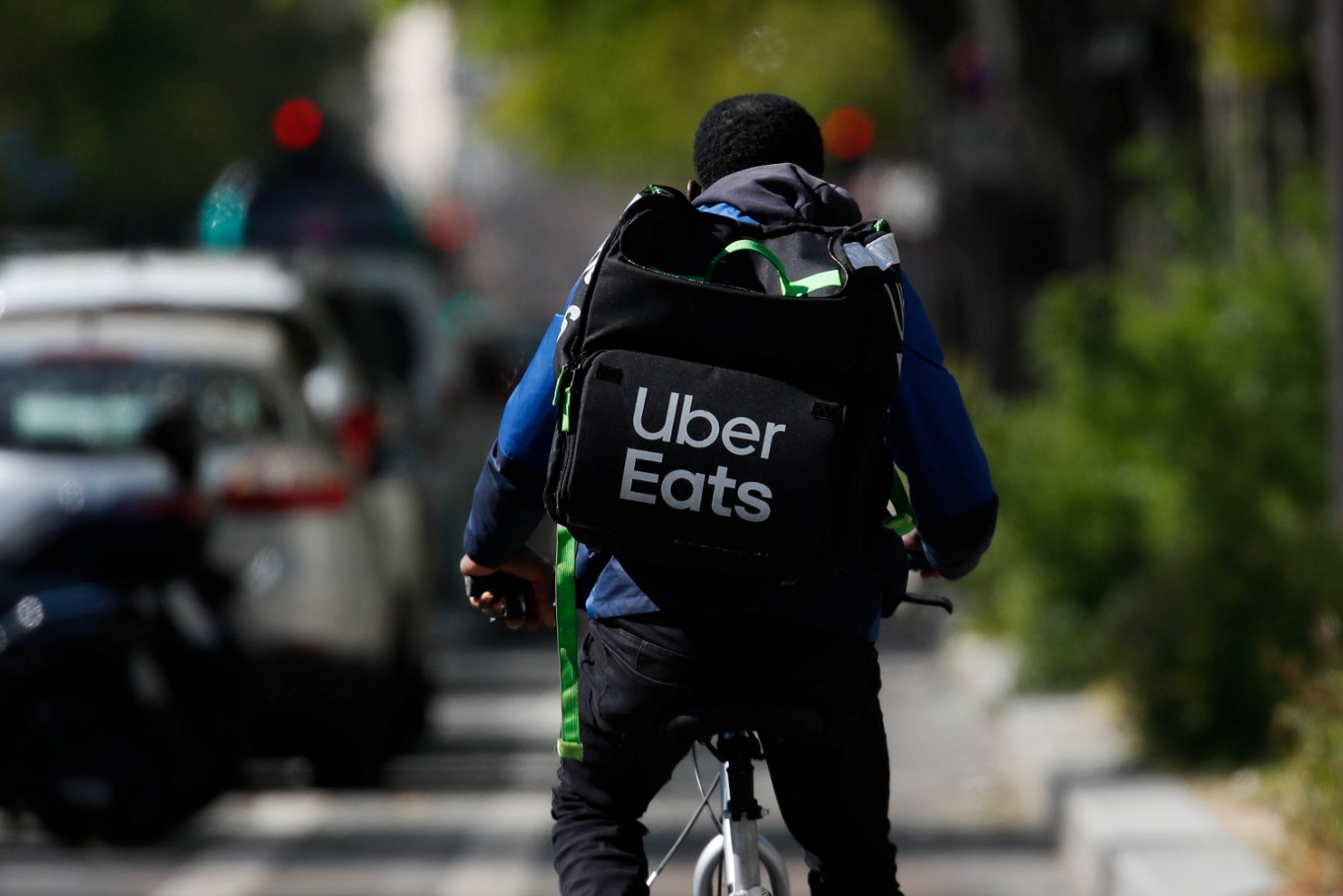Uber to buy startup Postmates to extend delivery footprint