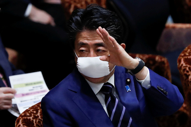 Japan's Shinzo Abe moves to declare state of emergency in Tokyo, Osaka