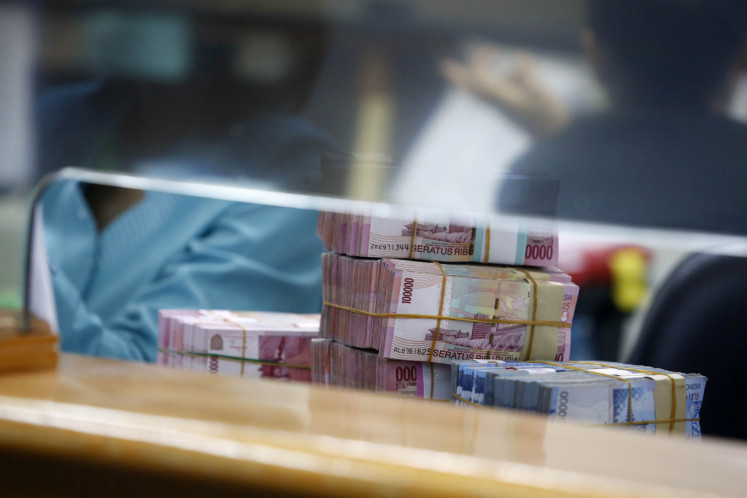 Indonesia raises record high $1.27b from retail bonds sale