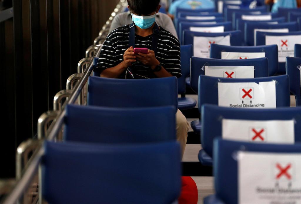 Thailand suspends incoming passenger flights to fight coronavirus