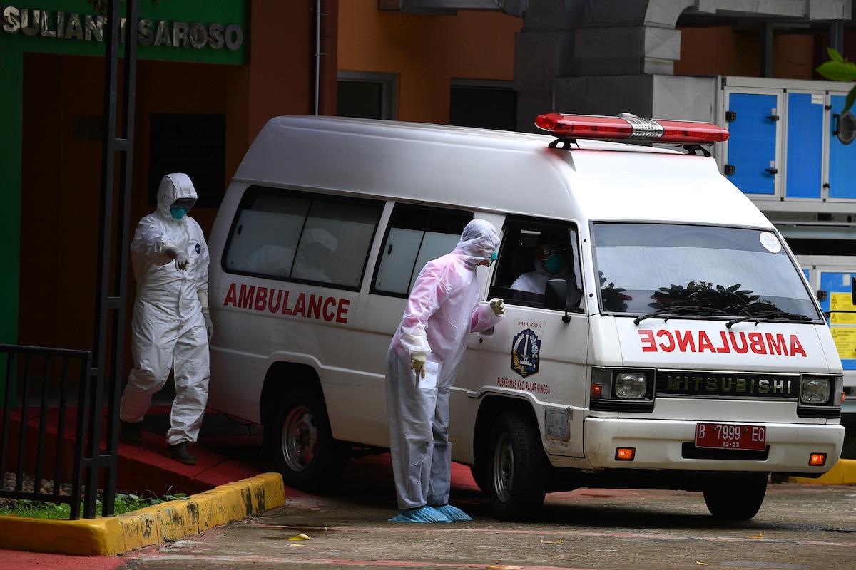 Unborn baby dies in NTT after ambulance gets stuck in roadblock traffic jam