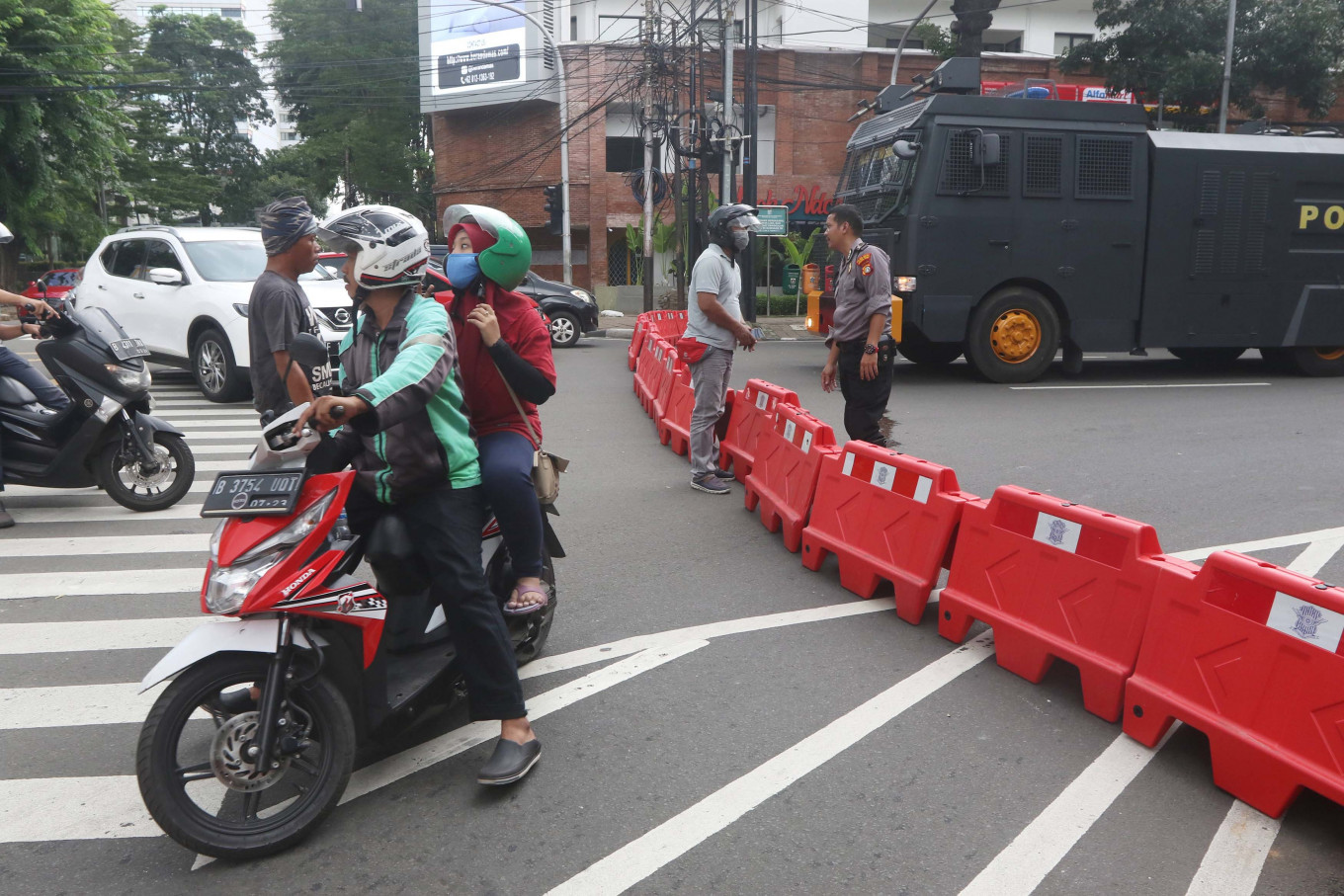 Lawmakers call for stricter law enforcement of social restrictions in Jakarta