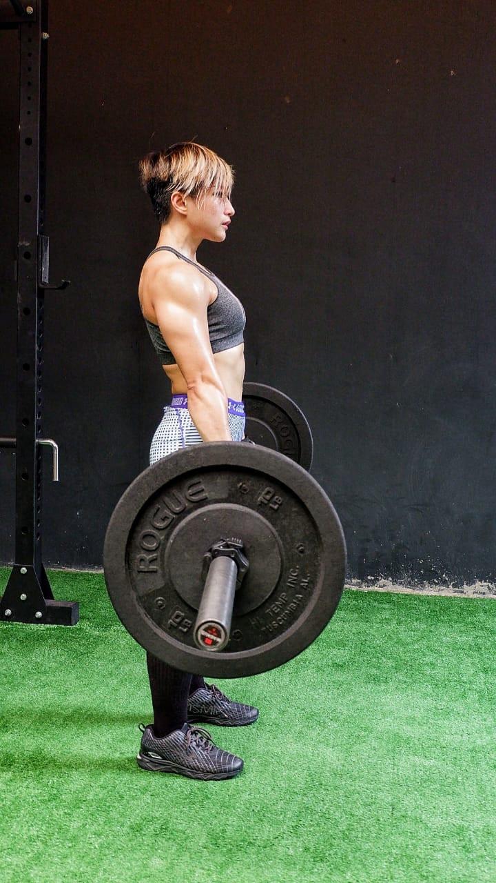 Good posture: Muay Thai coach and personal trainer Siska Antolis does a deadlift.
