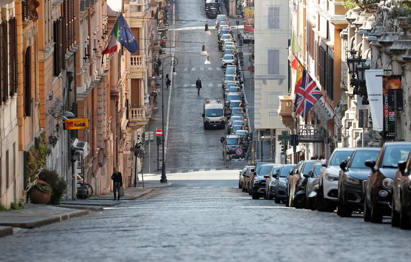Italy leaning toward extending lockdown to early May