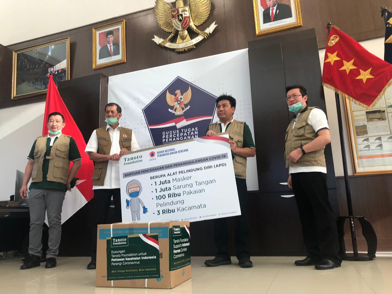 Tanoto Foundation donates protective gear for health workers