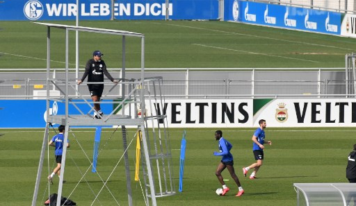 Bundesliga stars glad to train again, even with social distancing