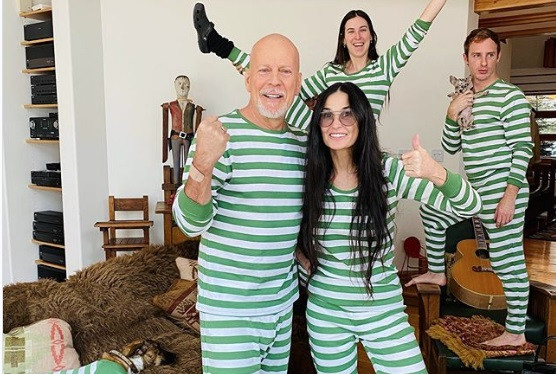Bruce Willis Shaves His Daughter's Head in Quarantine