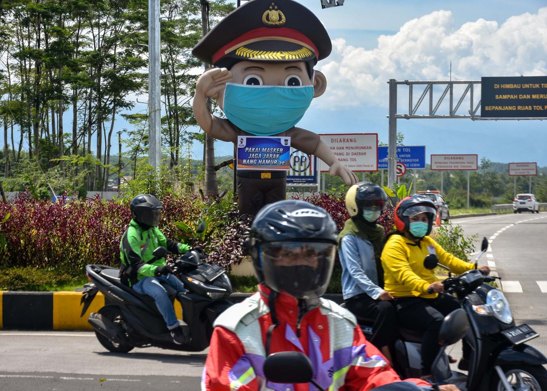 COVID-19: East Java village under quarantine after 43 'santri' test positive in Malaysia