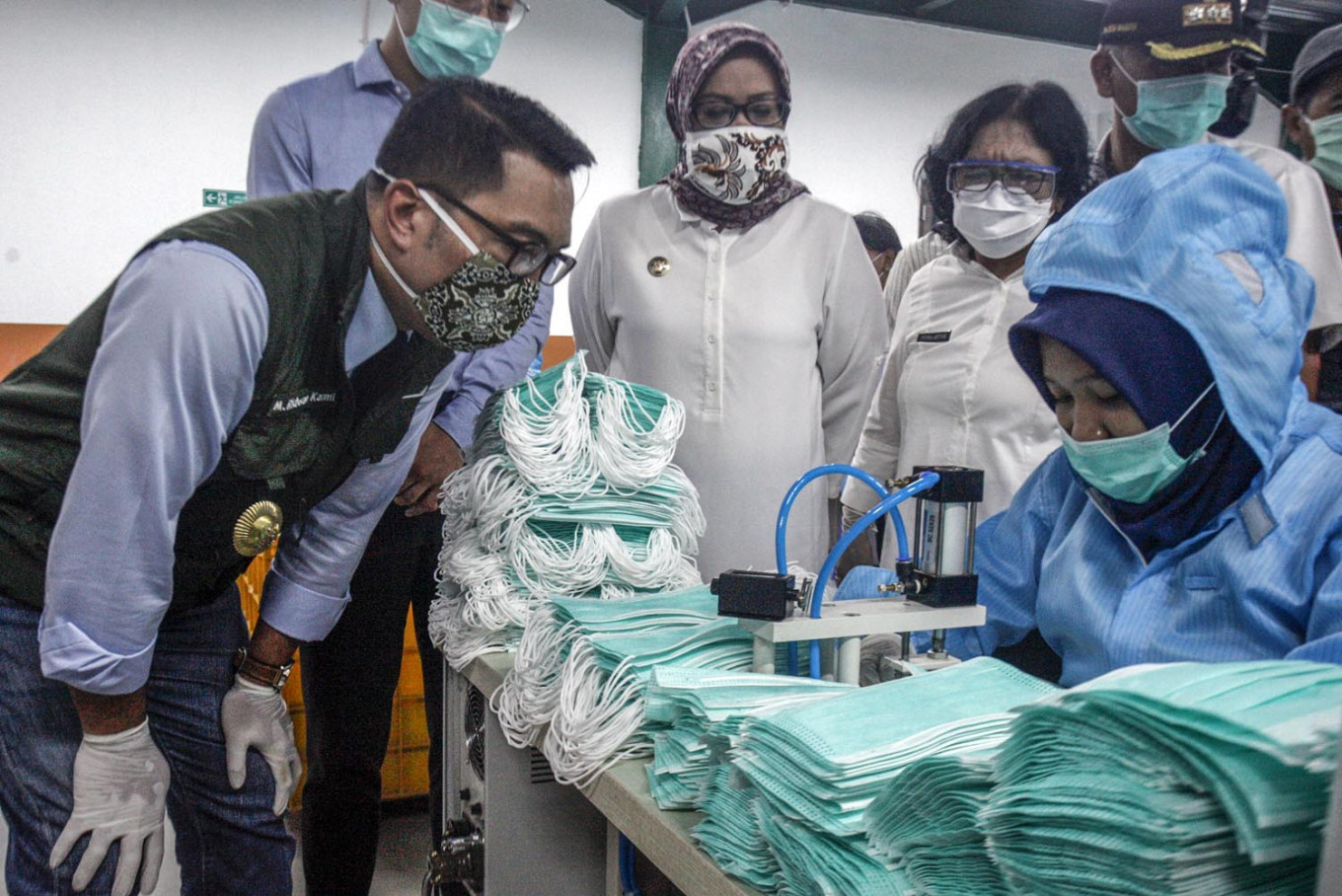 West Java to ease restrictions amid signs of decline in new COVID-19 cases
