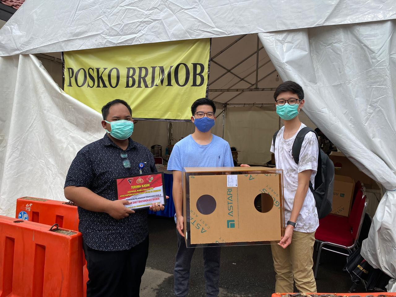 Aerosol boxes: Further protecting our frontline fighters, first responders