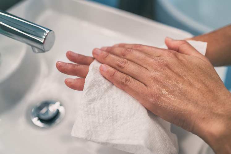 Paper towels may remove virus missed by poor hand washing: Study