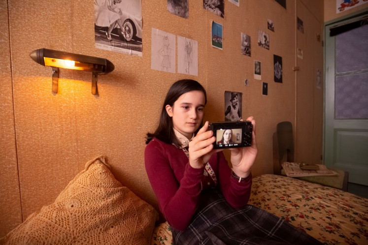 Anne Frank's diary in 2020: Vlogging from the annex hideout