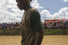 The Pacu Jawi competition attracts hundreds of spectators. JP/Ramadhani