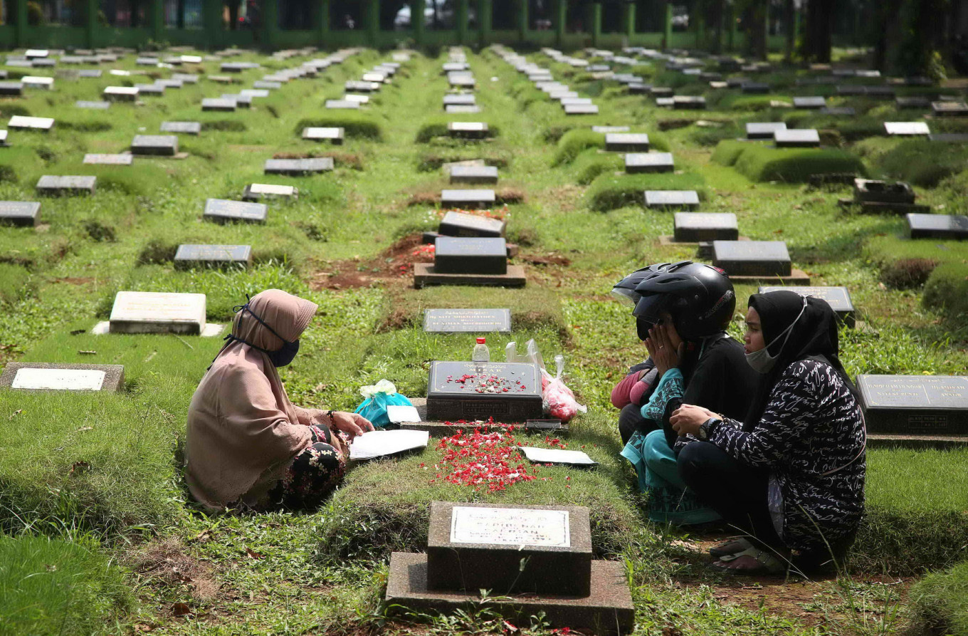 Ramadan on collision course with virus for Asia's Muslims
