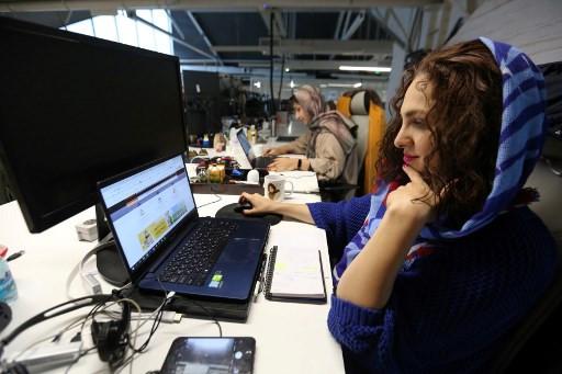 Women in virus-hit Iran tech sector fight to keep hard-won jobs
