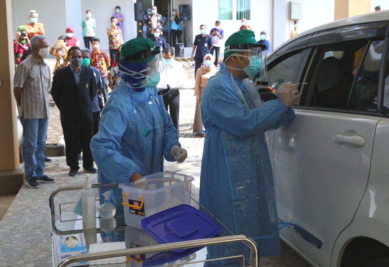Semarang launches first drive-thru PCR test for COVID-19