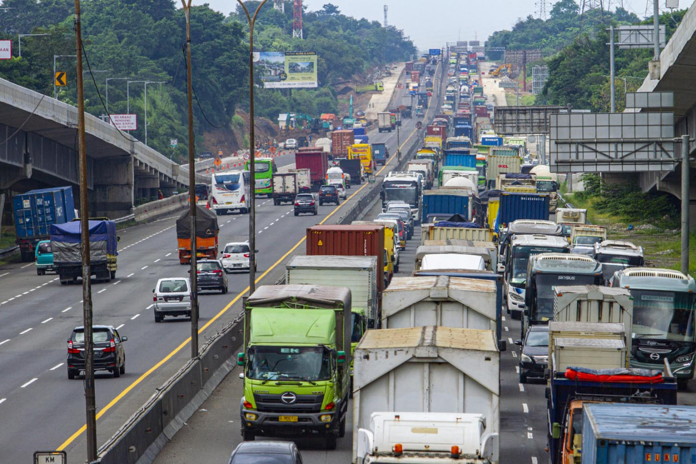 Over 150,000 vehicles leave Jakarta during Islamic New Year: Toll road operator