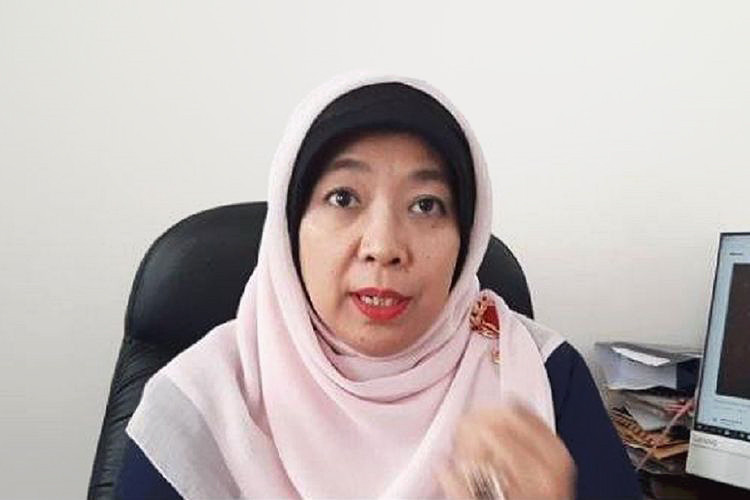 Jokowi fires child protection commissioner who made 'pregnant from swimming pools' claim