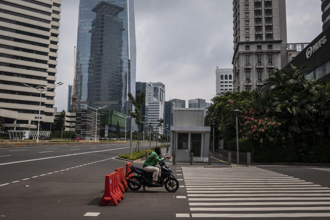 Jakarta's curve flattened? Experts question government's claim