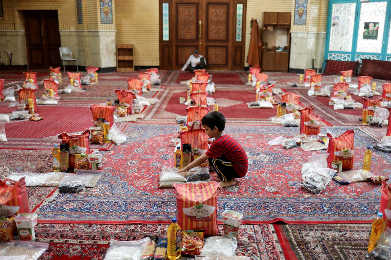 Mosques and schools to reopen in Iran's low-risk areas