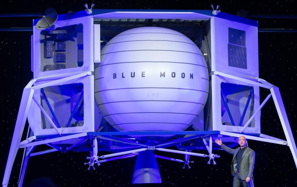 Musk, Bezos win NASA contracts for Moon lander