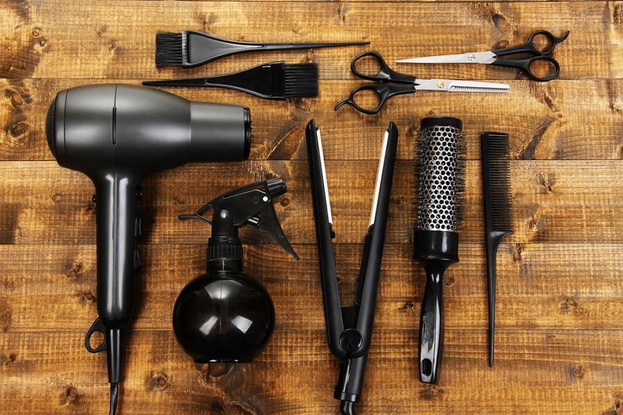 Bad hair day? How one Paris salon plans lockdown exit