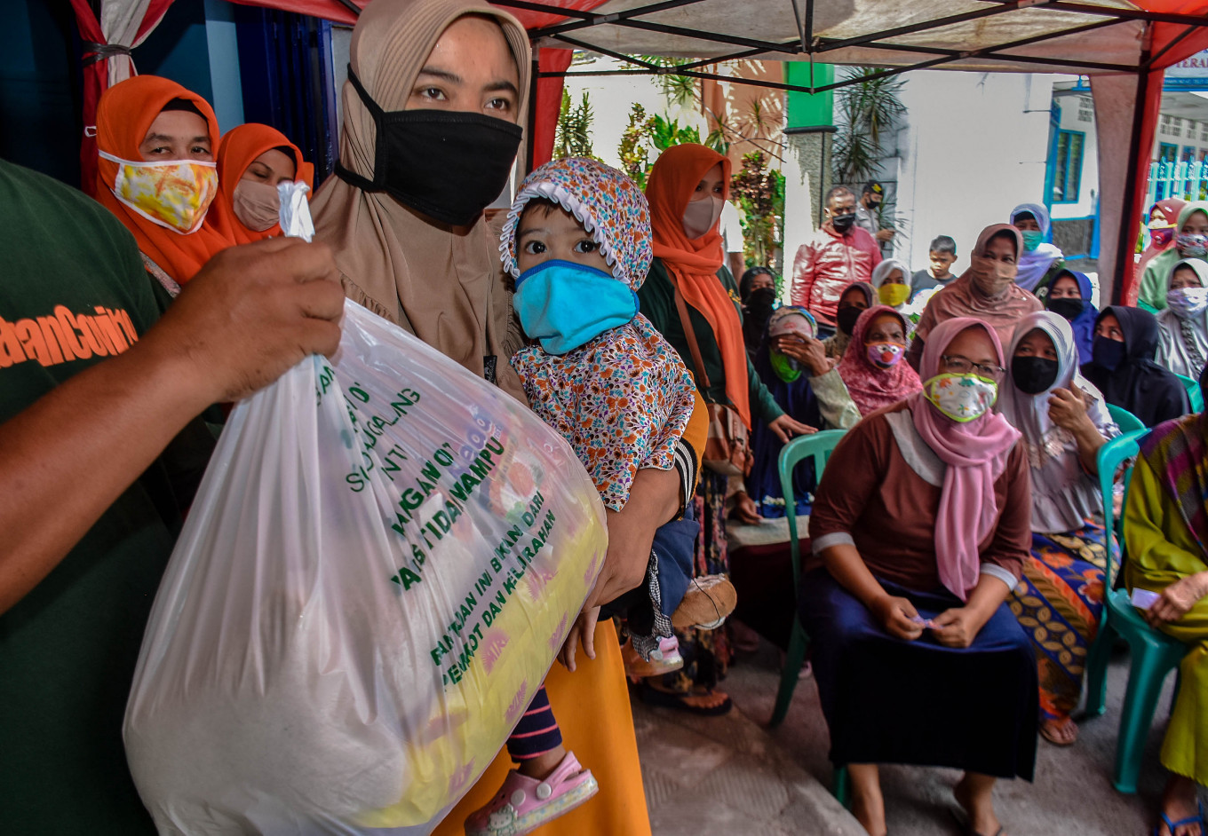 Govt disburses 26% of pandemic stimulus, mostly to fund social aid programs