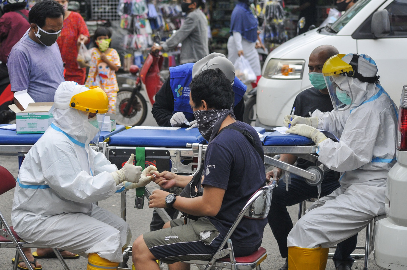 Indonesia's handling of COVID-19 pandemic unsuccessful: Epidemiologist