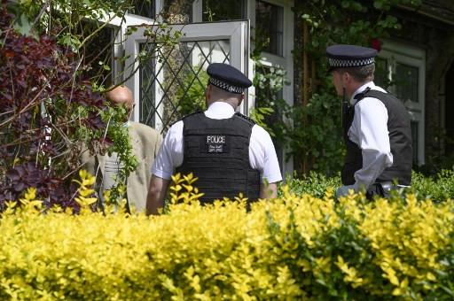 London police reassure elderly amid pandemic